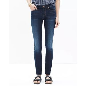 """Madewell 8"""" Skinny Jeans in Lakeshore Wash Size 26"""